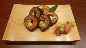 太巻き,バンコク,シーロム,寿司がおすすめ,クルーズレストラン