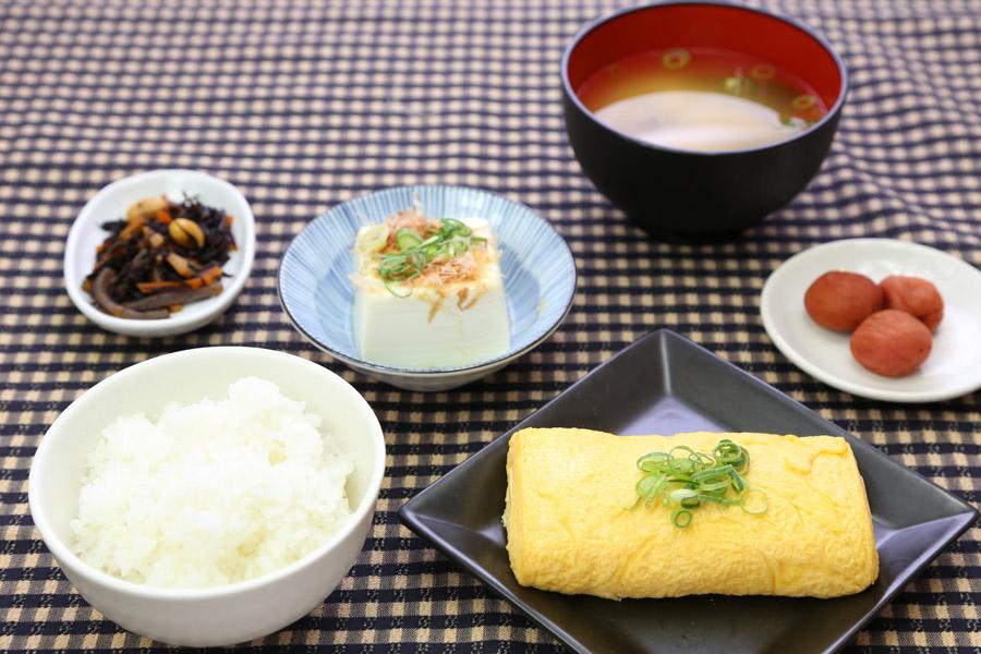 タニヤ 朝食,バンコク 朝食,タイ 朝食,タニヤ 朝食 日本食,バンコク 朝食 日本食,タイ 朝食 日本食